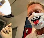Professional dentist Findon